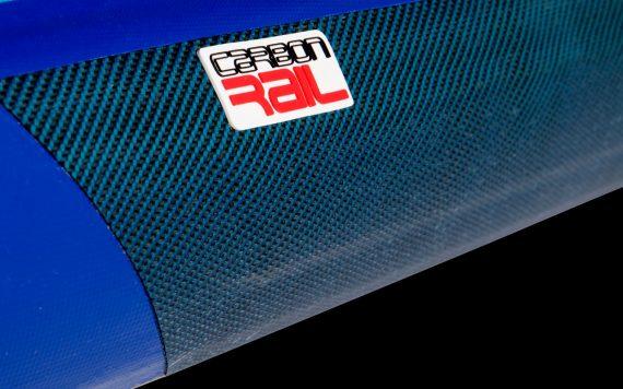 Starboard_Racer_pripuciama_irklente_carbon_rail